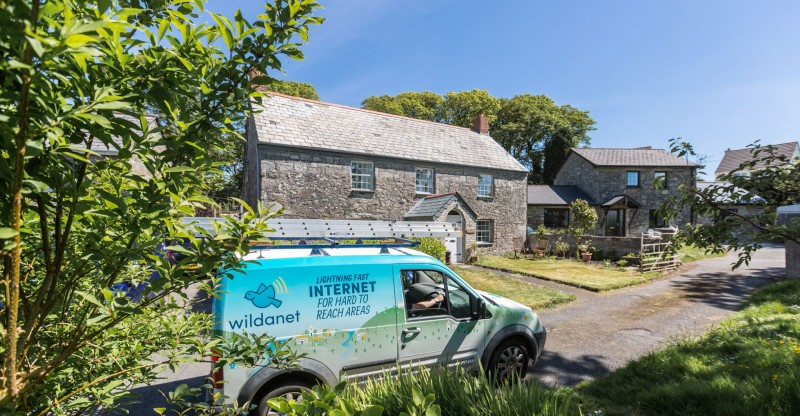 Wildanet company van at Cornish country property
